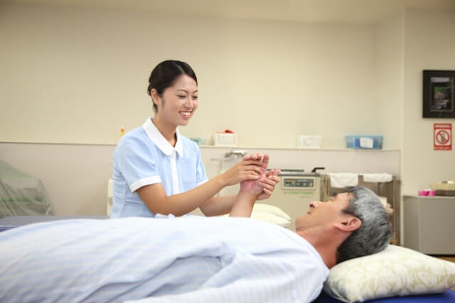 介護士と要介護者